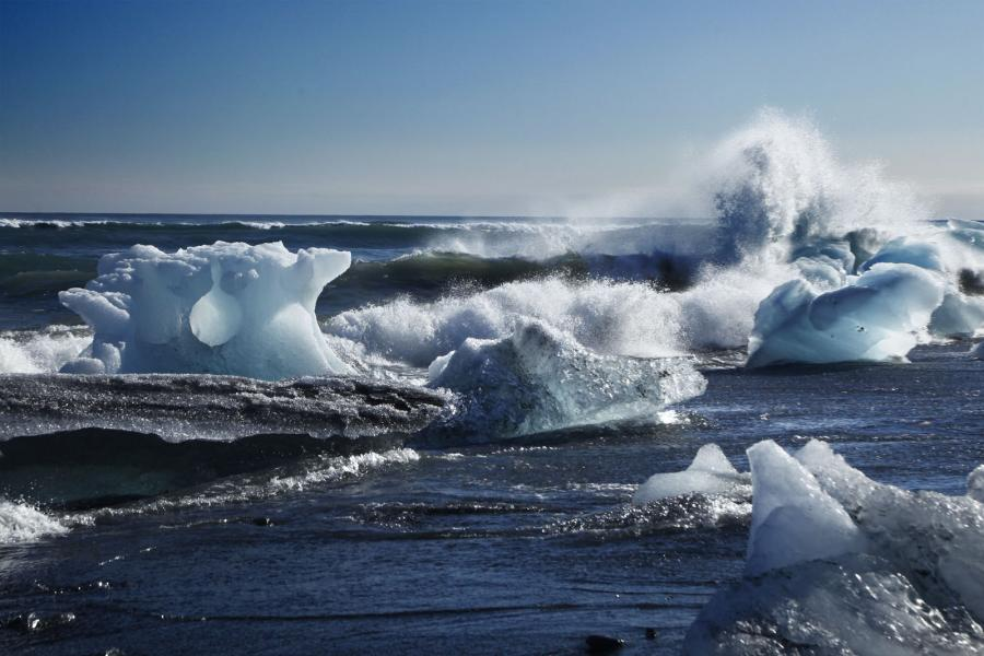 Ice blocks rushing the shore in Iceland