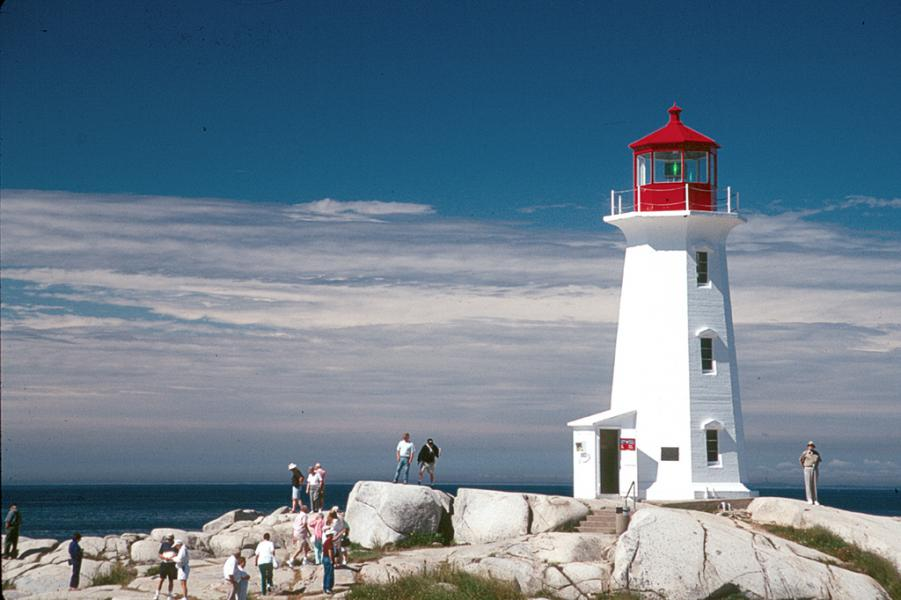 Visiting Peggys Cove Lighthouse in Nova Scotia