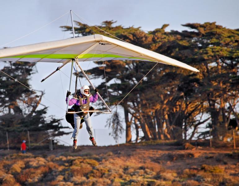 Hang Glider coming in for a Landing, Fort Funston,San Francisco