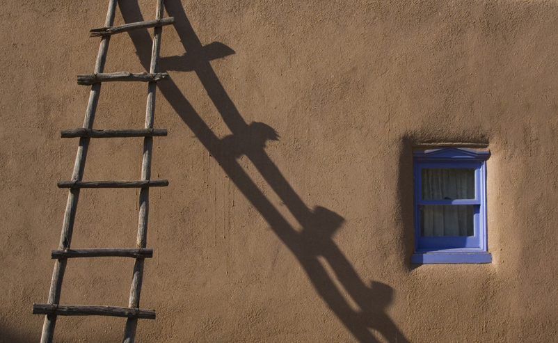 The simplicity of the Taos wall