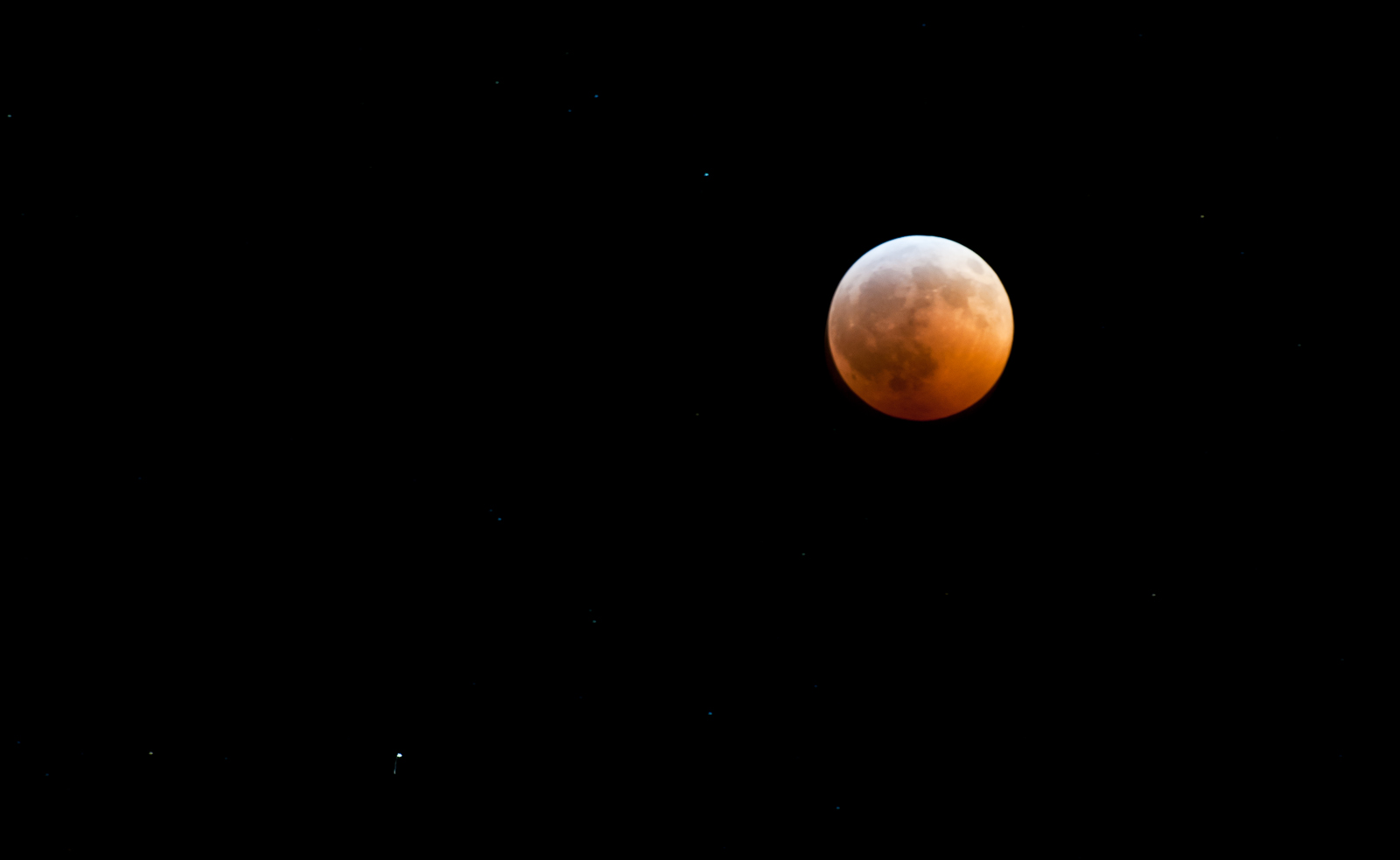 Historic lunar eclipse coincides with winter solstice, December 2010
