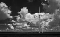 Wind Turbines Reach For the Sky